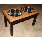 double bowl two tone option model designed for medium dogs