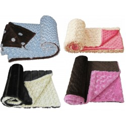 Mats & Blankets category of pet products